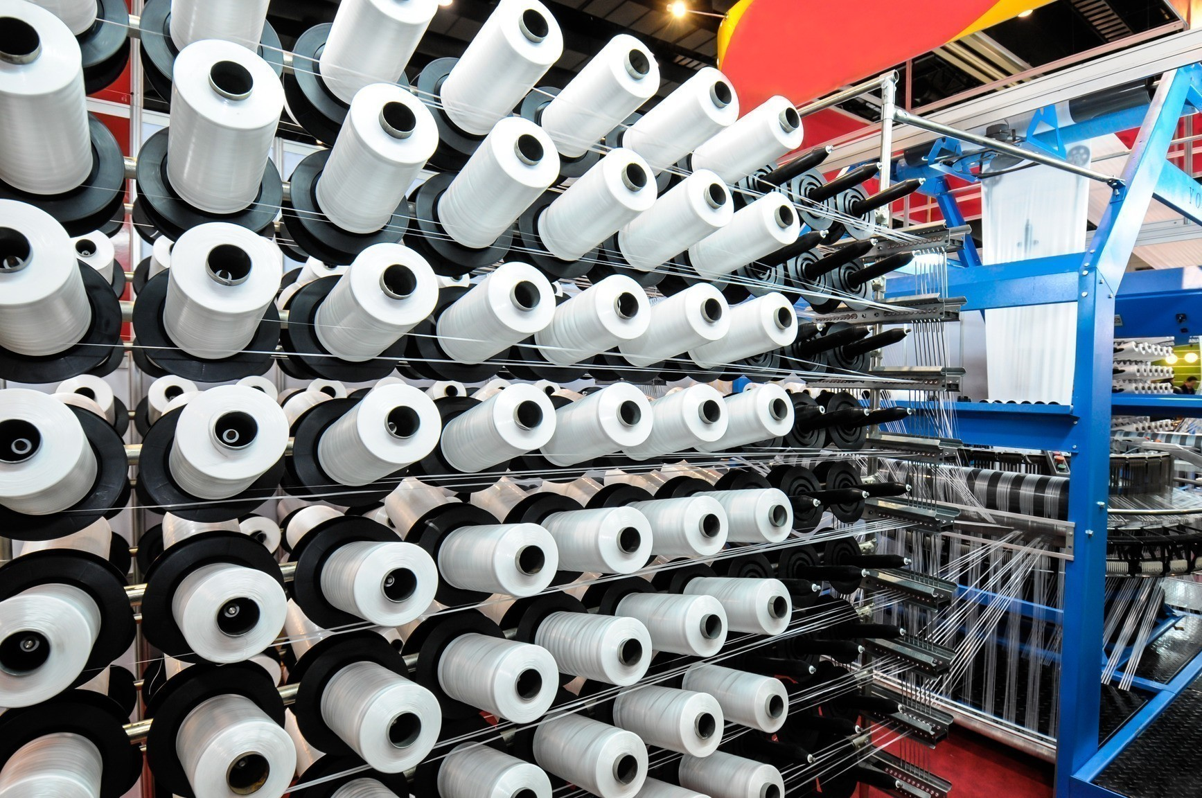 Textile industry - Weaving and warping